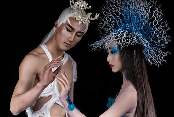 戏剧影视舞台服装设计师,中国舞台美术家协会会员崔晓东负责服装设计